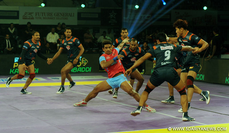 The players of Bengal Warriors and Jaipur Pink Panther in action during a Pro Kabaddi match at Netaji Indoor Stadium Kolkata on July 22, 2015.