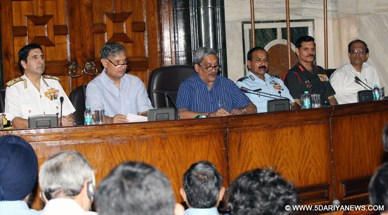 The Union Minister for Defence, Shri Manohar Parrikar announcing the One Rank One Pension scheme for the Ex-Servicemen, at South Block, in New Delhi on September 05, 2015. The Minister of State for Planning (Independent Charge) and Defence, Shri Rao Inderjit Singh, the three Service Chiefs, General Dalbir Singh, Admiral R.K. Dhowan and Air Chief Marshal Arup Raha and the Defence Secretary, Shri G. Mohan Kumar are also seen.