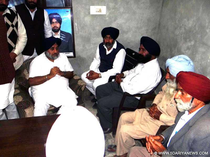 Sukhbir Singh Badal offers government jobs to each family member of Bargari firing victims