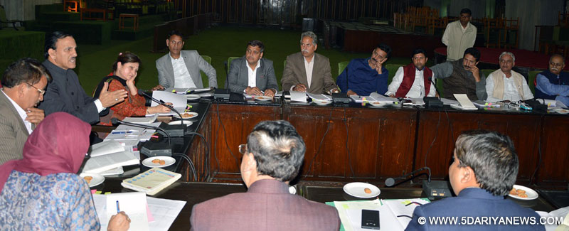 Ghulam Mohammad Saroori chairs Environment Committee meet