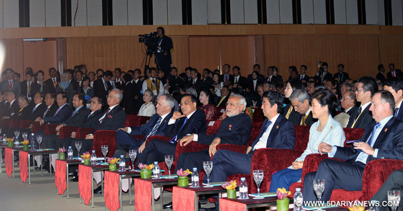 The Prime Minister, Shri Narendra Modi witnessing the signing ceremony of 2015 Kuala Lumpur Declaration on Establishment of ASEAN Community, in Kuala Lumpur, Malaysia on November 22, 2015.