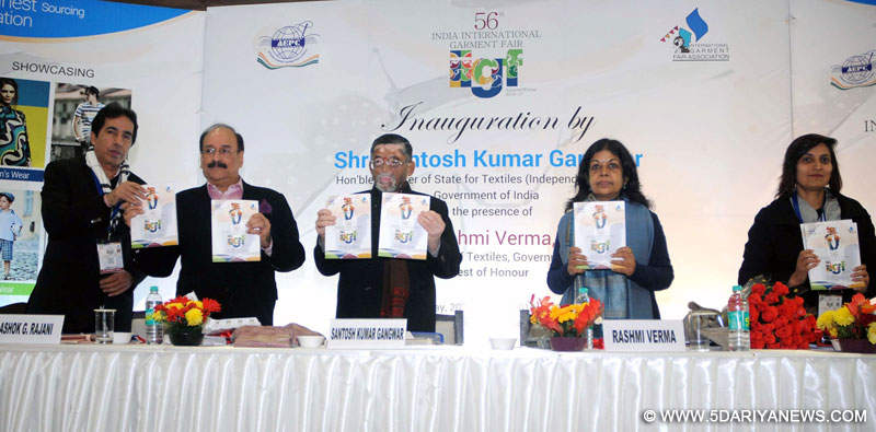 The Minister of State for Textiles (Independent Charge), Shri Santosh Kumar Gangwar releasing the publication at the inauguration of the 56th India International Garment Fair, in New Delhi on January 20, 2016. The Secretary, Ministry of Textiles, Ms. Rashmi Verma is also seen.