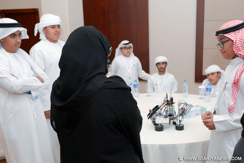 "Jawaher Al Qasimi meets Sharjah Youth after   brainstorming session called ""Our Centers: Our Councils"""