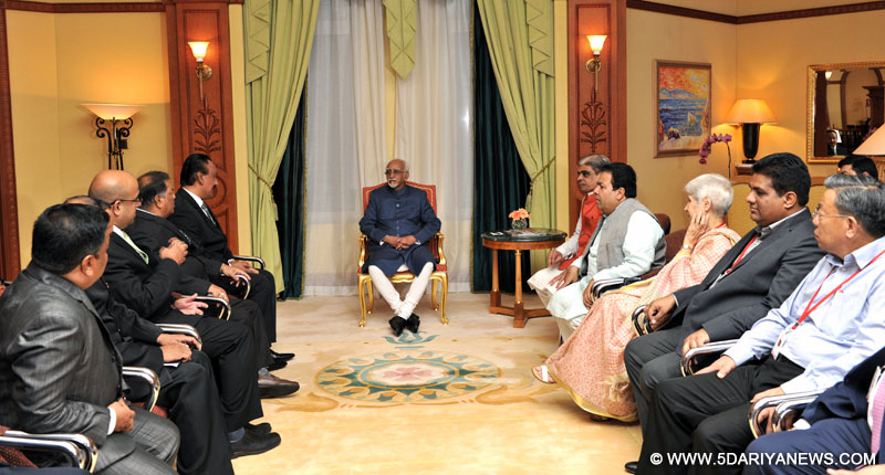 The President and Executive Committee Members of Indian Chambers of Commerce in Brunei, calling on the Vice President, Shri M. Hamid Ansari, in Brunei on February 01, 2016. The Minister of State for Home Affairs, Shri Haribhai Parthibhai Chaudhary is also seen.