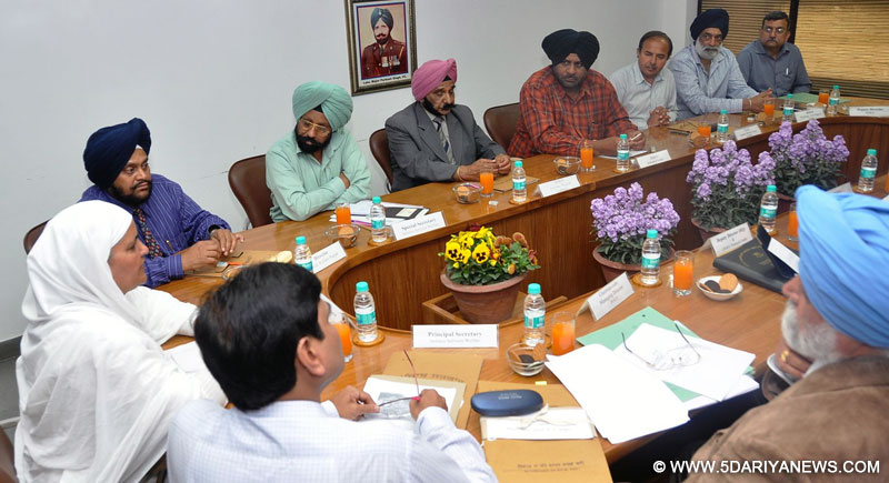 Bibi Jagir Kaur, Defance Services Welfare Minister, Punjab presiding over the meeting of Senior officials of the Defence Services Department at Sainik Bhawan in Sector 21, Chandigarh.