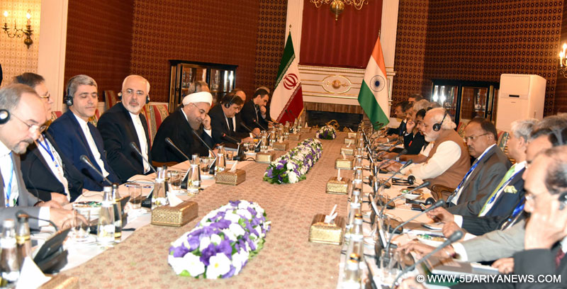 The Prime Minister, Shri Narendra Modi and the President of Iran, Mr. Hassan Rouhani, at the delegation level talks, in Tehran on May 23, 2016.