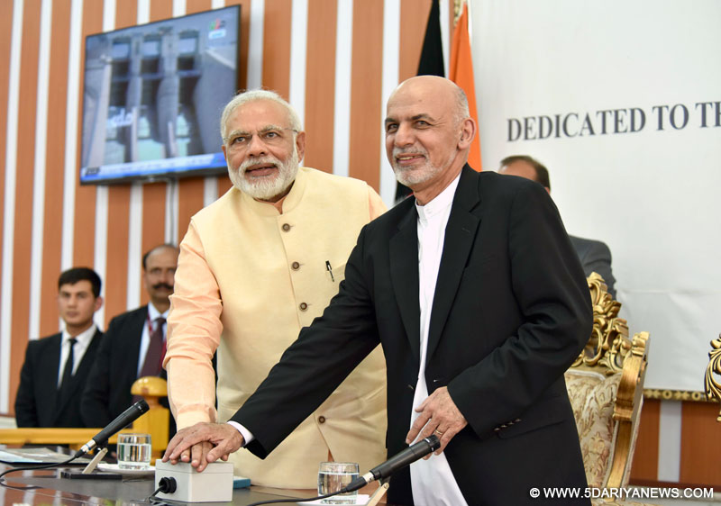 The Prime Minister, Shri Narendra Modi and the President of the Islamic Republic of Afghanistan, Mr. Mohammad Ashraf Ghani jointly inaugurating the Afghan-India Friendship Dam (Salma Dam), in Herat, Afghanistan on June 04, 2016.