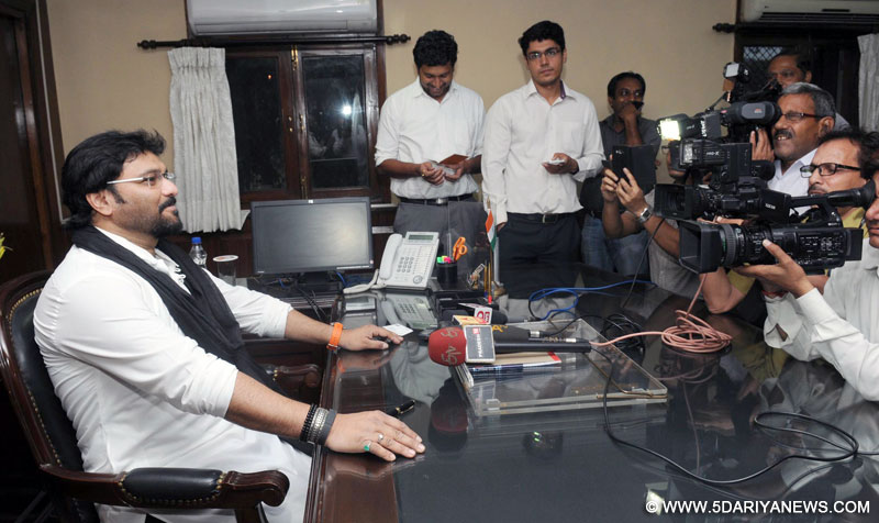 Babul Supriyo addressing the media after taking charge as the Minister of State for Heavy Industry & Public Enterprises, in New Delhi on July 13, 2016.