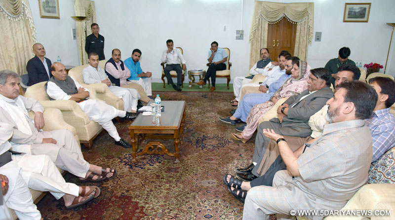 A delegation of J&K Peoples Democratic Party led by General Secretary Mohd. Sartaj Madni meeting the Union Home Minister, Shri Rajnath Singh, in Srinagar on August 24, 2016.