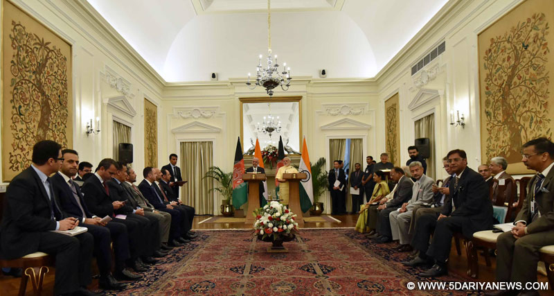 The Prime Minister, Shri Narendra Modi and the President of Afghanistan, Dr. Mohammad Ashraf Ghani during the delegation level talks, at Hyderabad House, in New Delhi on September 14, 2016.