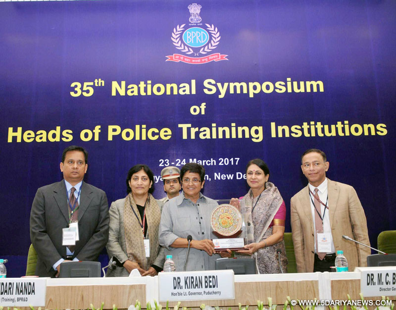 The Lt. Governor of Puducherry, Dr. Kiran Bedi being presented a memento at the inauguration of the 35th National Symposium of Heads of Police Training Institutions, in New Delhi on March 23, 2017.