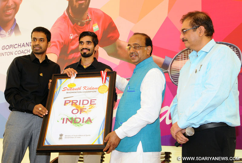 Badminton Player Srikanth Kidambi along with Pullela Gopichand calling on the Minister of State for Youth Affairs and Sports (I/C), Water Resources, River Development and Ganga Rejuvenation, Shri Vijay Goel, in New Delhi on July 01, 2017.