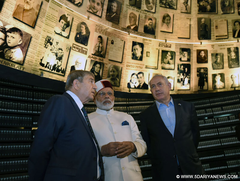 The Prime Minister, Shri Narendra Modi and the Prime Minister of Israel, Mr. Benjamin Netanyahu visiting the Yad Vashem Holocaust Memorial, in Jerusalem, Israel on July 04, 2017.