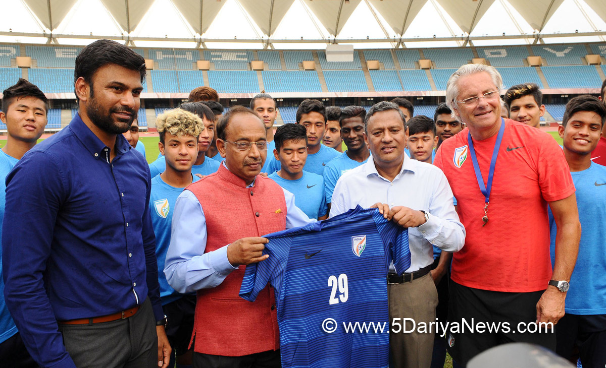 The Minister of State for Youth Affairs and Sports (I/C), Water Resources, River Development and Ganga Rejuvenation, Shri Vijay Goel with the Indian U-17 Football Team preparing for FIFA World Cup, at Jawaharlal Nehru Stadium, in New Delhi on July 25, 2017.