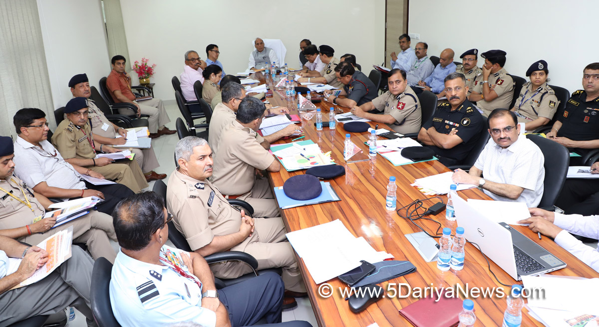 The Union Home Minister, Shri Rajnath Singh chairing a review meeting with the Directors-General (DGs) of Central Armed Police Forces (CAPFs), in New Delhi on August 03, 2017. The Ministers of State for Home Affairs, Shri Hansraj Gangaram Ahir & Shri Kiren Rijiju and senior officers of MHA are also seen.