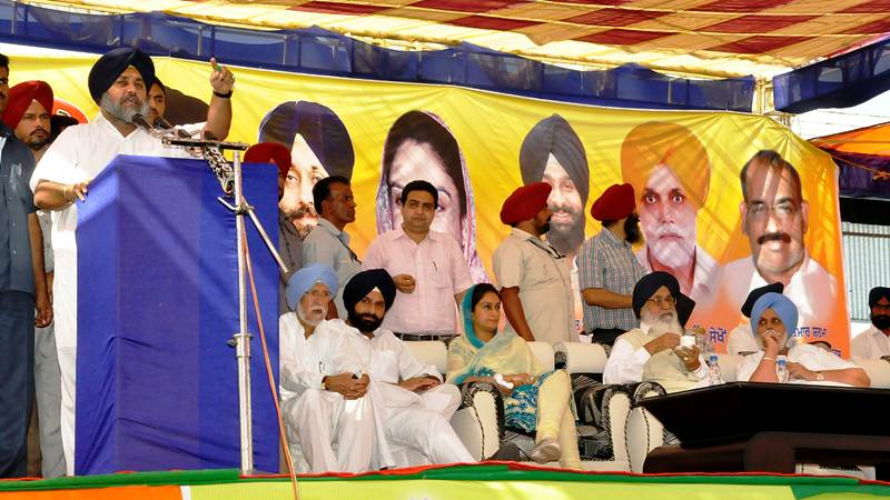 Sukhbir Singh Badal addressing the public rally at Maur on September 27.