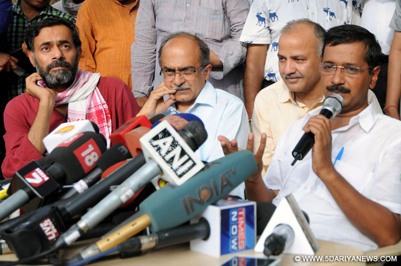 Aam Admi Party leaders Arvind Kejriwal, Manish Sishodia, Prashant Bhusan and Yogendra Yadav during a press conference